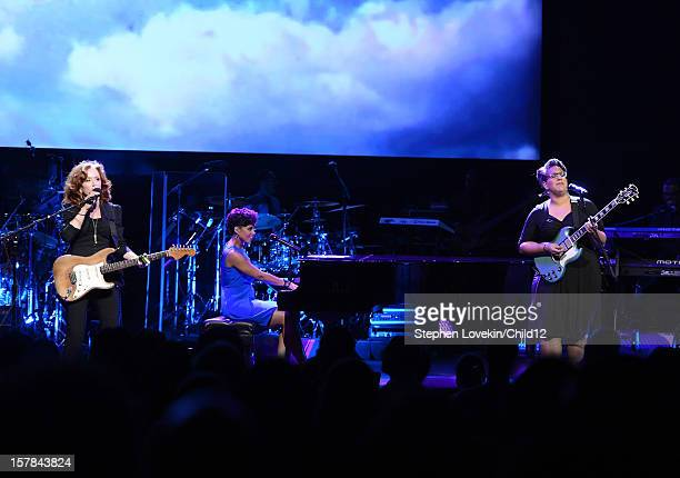 Singers/musicians Bonnie Raitt Alicia Keys and Brittany Howard of Alabama Shakes perform on stage during Black Ball Redux at The Apollo Theater on...