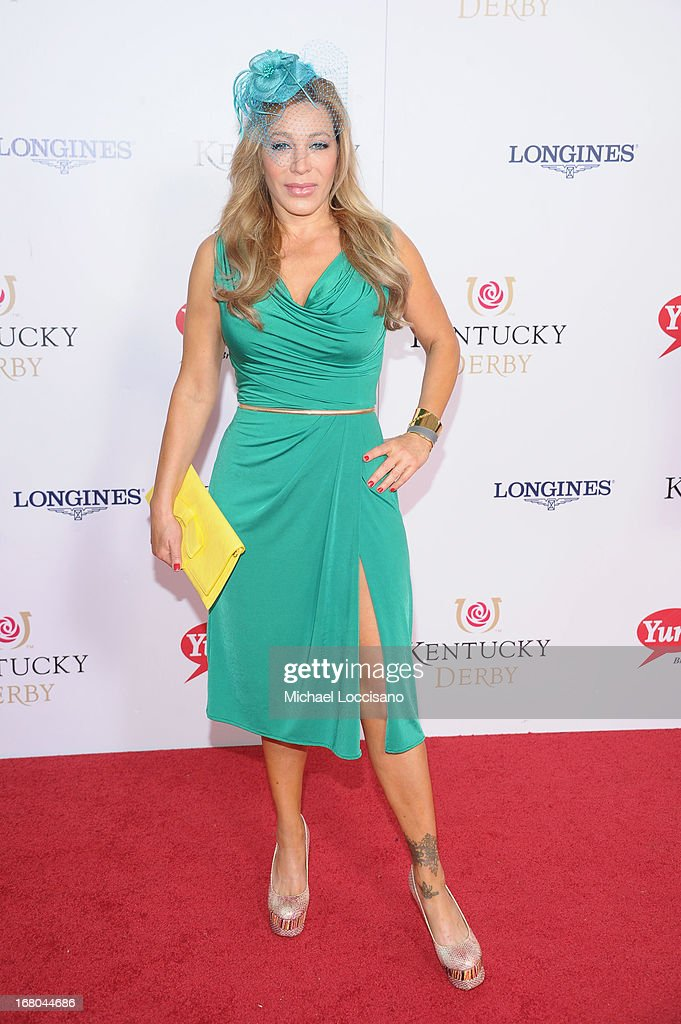 Singer/songrwriter Taylor Dayne attends the 139th Kentucky Derby at Churchill Downs on May 4, 2013 in Louisville, Kentucky.