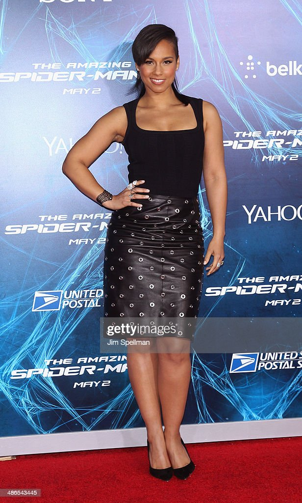 Singer/songwriter <a gi-track='captionPersonalityLinkClicked' href=/galleries/search?phrase=Alicia+Keys&family=editorial&specificpeople=169877 ng-click='$event.stopPropagation()'>Alicia Keys</a> attends the 'The Amazing Spider-Man 2' New York Premiere on April 24, 2014 in New York City.