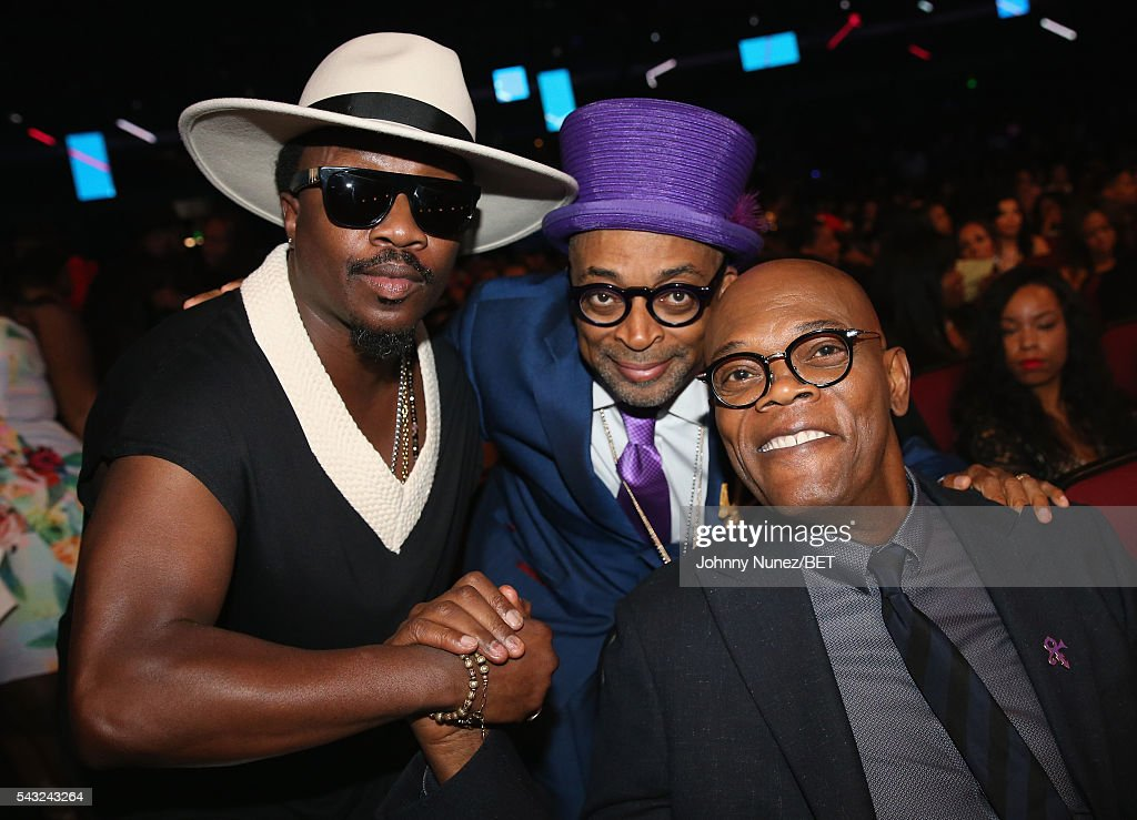 Singer-songwriter Anthony Hamilton, director <a gi-track='captionPersonalityLinkClicked' href=/galleries/search?phrase=Spike+Lee&family=editorial&specificpeople=156419 ng-click='$event.stopPropagation()'>Spike Lee</a> and actor <a gi-track='captionPersonalityLinkClicked' href=/galleries/search?phrase=Samuel+L.+Jackson&family=editorial&specificpeople=167234 ng-click='$event.stopPropagation()'>Samuel L. Jackson</a> attend the 2016 BET Awards at the Microsoft Theater on June 26, 2016 in Los Angeles, California.
