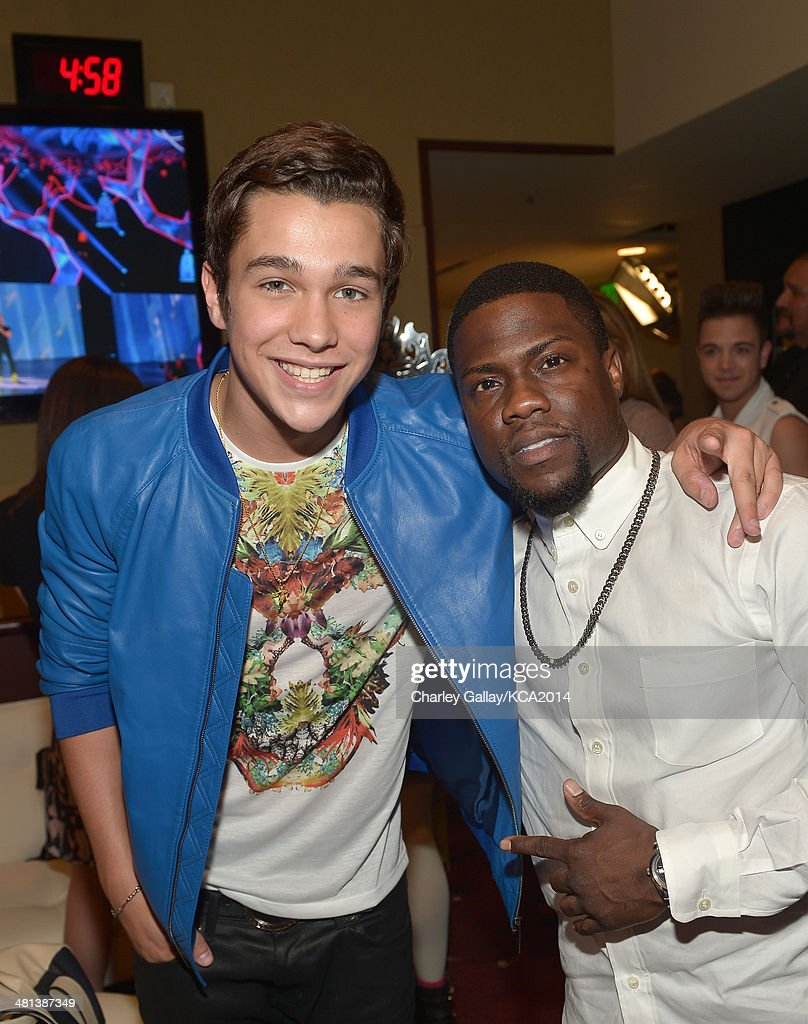 Singer/songwriter <a gi-track='captionPersonalityLinkClicked' href=/galleries/search?phrase=Austin+Mahone&family=editorial&specificpeople=9429678 ng-click='$event.stopPropagation()'>Austin Mahone</a> and comedian <a gi-track='captionPersonalityLinkClicked' href=/galleries/search?phrase=Kevin+Hart+-+Actor&family=editorial&specificpeople=4538838 ng-click='$event.stopPropagation()'>Kevin Hart</a> attend Nickelodeon's 27th Annual Kids' Choice Awards held at USC Galen Center on March 29, 2014 in Los Angeles, California.