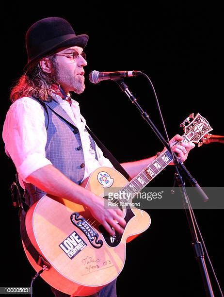 Singer/Songwriter Big Kenny Alphin performs during the 'Music Saves Mountains' benefit concert at the Ryman Auditorium on May 19 2010 in Nashville...