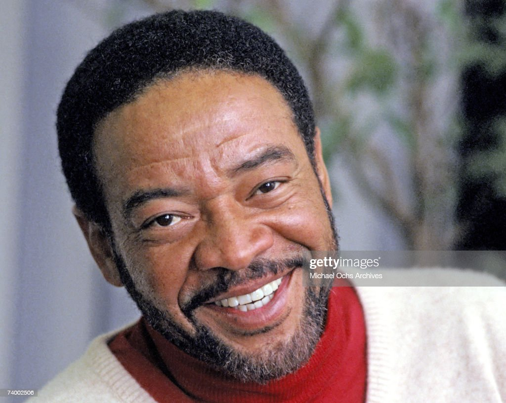 Singer/songwriter Bill Withers poses for a portrait session in 1985.