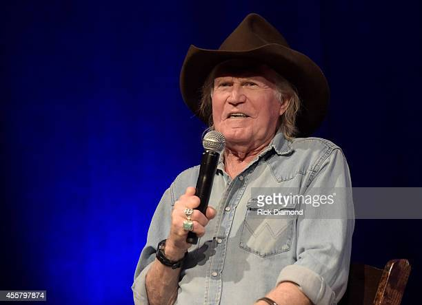 Singersongwriter Billy Joe Shaver speaks in an interview during the Billy Joe Shaver Songwriter Session at the Country Music Hall of Fame and Museum...