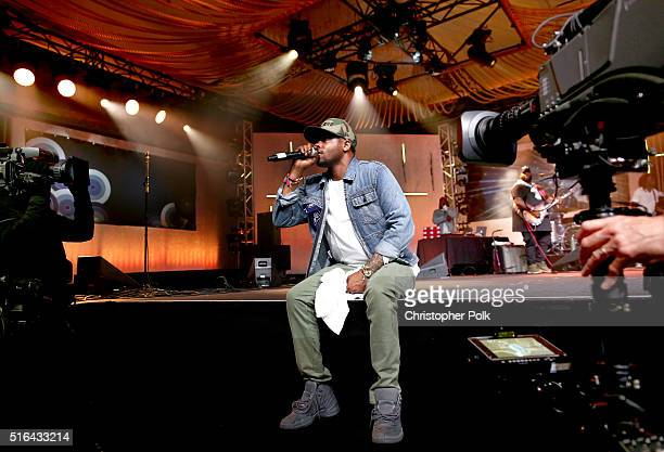 Singersongwriter BJ The Chicago Kid performs on stage at Music Is Universal Styldby Gap presented by Marriott Rewards and Universal Music Group...