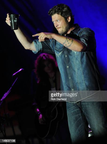 Singer/Songwriter Blake Shelton performs at Country Thunder Day 3 on July 21 2012 in Twin Lakes Wisconsin