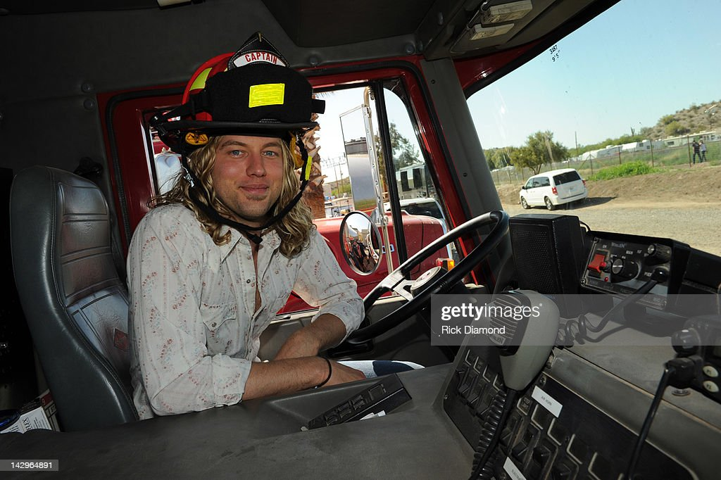 Singer/Songwriter Casey James backstage on Day 4 of the 2012 Arizona Country Thunder Music Festival on April 15, 2012 in Florence, Arizona.