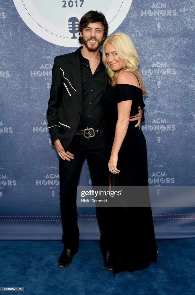 Singer-songwriter Chris Janson and Kelly Lynn attend the 11th Annual ACM Honors at the Ryman Auditorium on August 23, 2017 in Nashville, Tennessee.