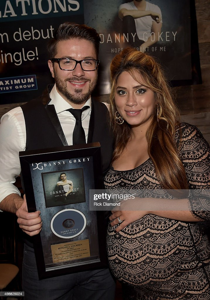 "Danny Gokey Celebrates #1 Song ""Hope In Front Of Me"" And Billboard #1 Album Debut"