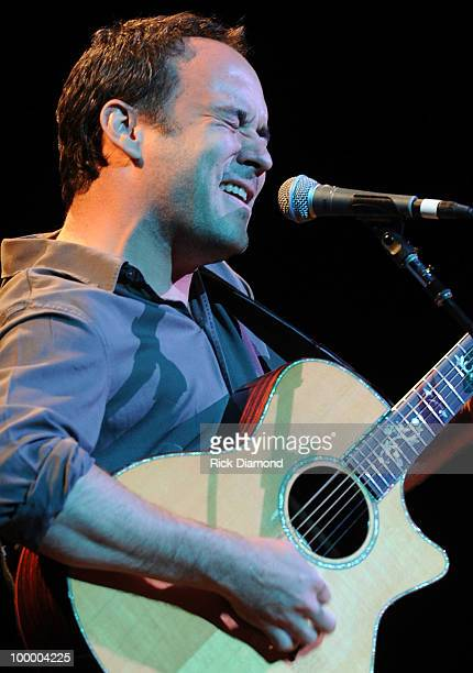 Singer/Songwriter Dave Matthews performs during the 'Music Saves Mountains' benefit concert at the Ryman Auditorium on May 19 2010 in Nashville...