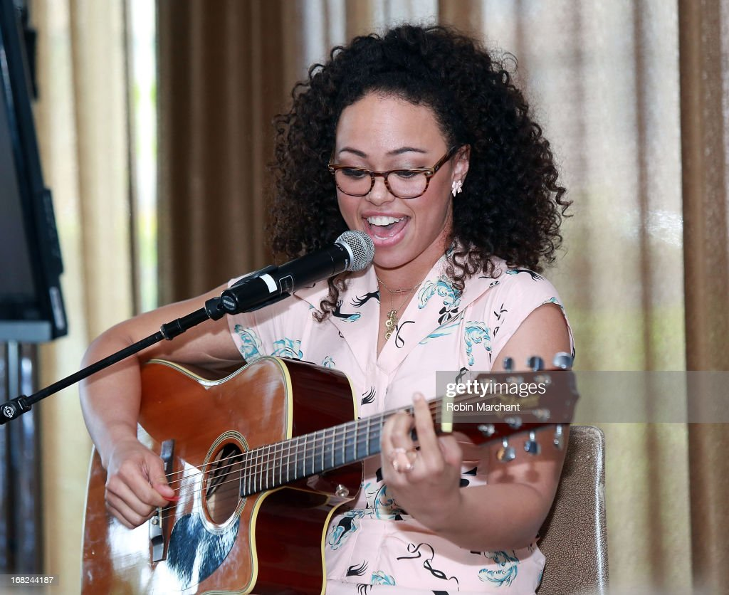 Singer/songwriter <a gi-track='captionPersonalityLinkClicked' href=/galleries/search?phrase=Elle+Varner&family=editorial&specificpeople=5926946 ng-click='$event.stopPropagation()'>Elle Varner</a> attends 2013 T.J. Martell Foundation's Women Of Influence Awards And Luncheon at Riverpark on May 7, 2013 in New York City.