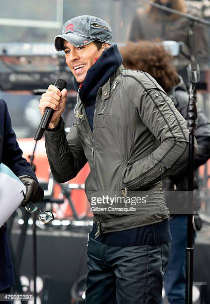Singersongwriter Enrique Iglesias performs on NBC's 'Today' at the NBC's TODAY Show at Rockefeller Center on March 17 2014 in New York New York