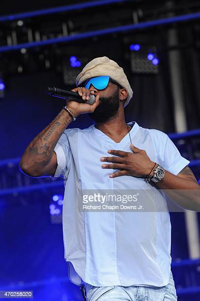 Singersongwriter Fally Ipupa performs onstage during Global Citizen 2015 Earth Day on National Mall to end extreme poverty and solve climate change...