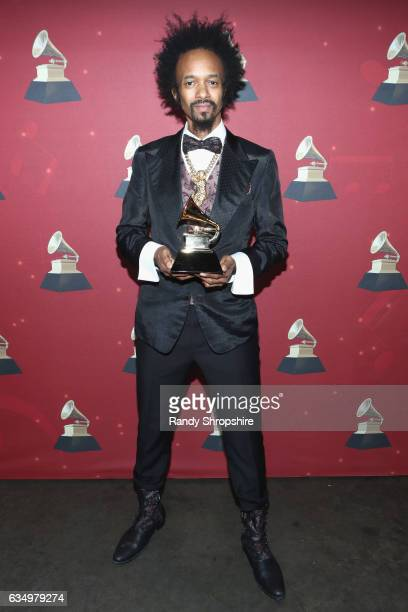 Singer/songwriter Fantastic Negrito poses with the Best Contemporary Blues Album award for 'The Last Days of Oakland' backstage at the Premiere...