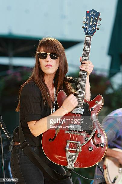 Singer/songwriter Feist performs on ABC's 'Good Morning America' at Bryant Park on July 25 2008 in New York