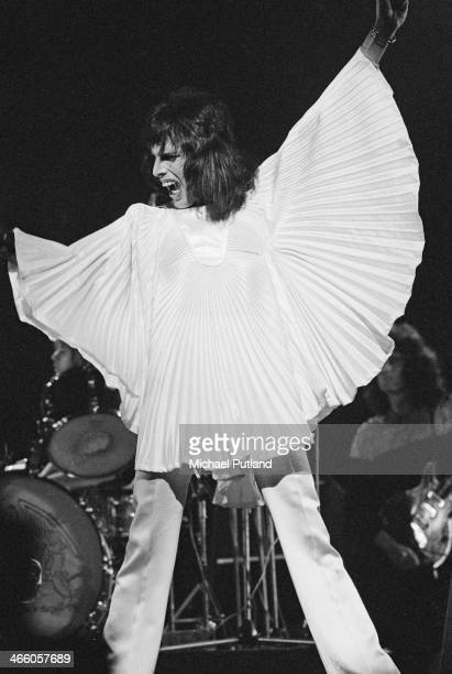 Singersongwriter Freddie Mercury performing with British rock group Queen 1974