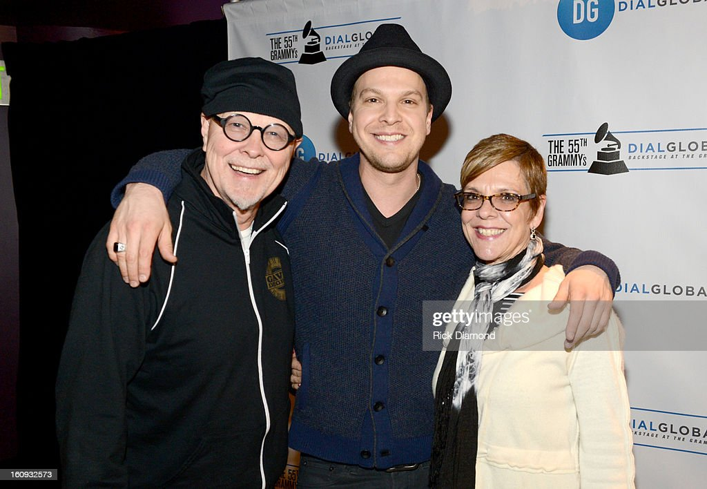 Singer/songwriter Gavin DeGraw (C) and his parents Wayne DeGraw (L) and Lynne DeGraw (R) pose backstage at the GRAMMYs Dial Global Radio Remotes during The 55th Annual GRAMMY Awards at the STAPLES Center on February 7, 2013 in Los Angeles, California.