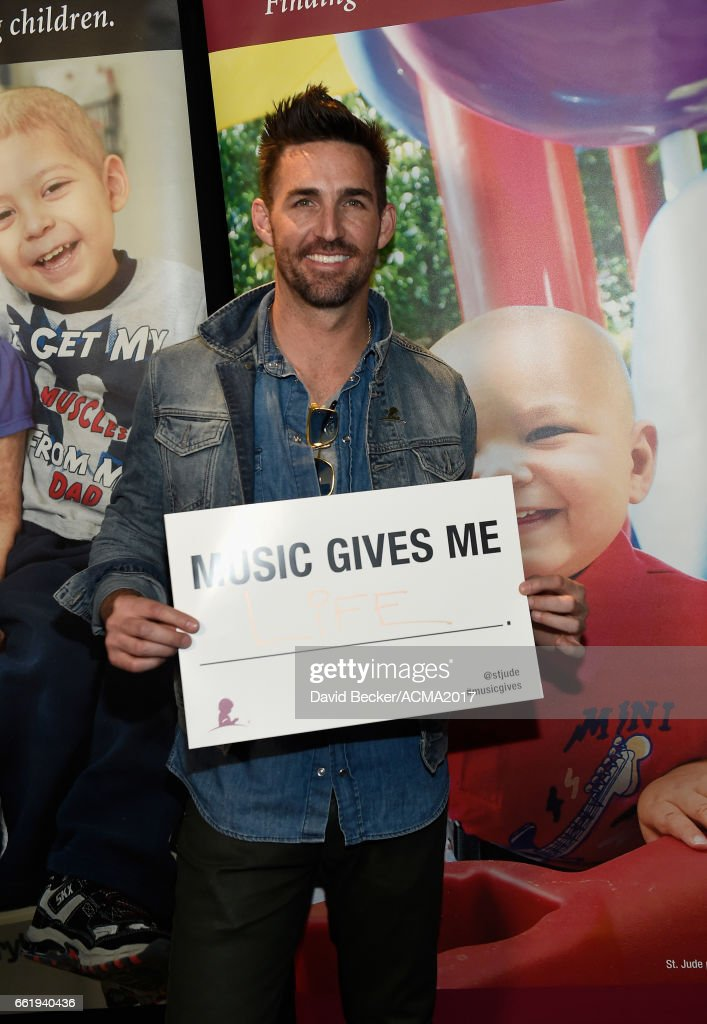 Singer-songwriter Jake Owen attends the 52nd Academy Of Country Music Awards Cumulus/Westwood One Radio Remotes at T-Mobile Arena on March 31, 2017 in Las Vegas, Nevada.