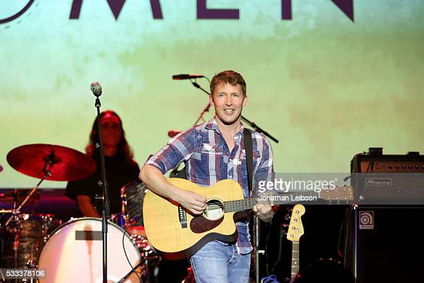 Singersongwriter James Blunt performs onstage at An Evening with Women benefiting the Los Angeles LGBT Center at the Hollywood Palladium on May 21...