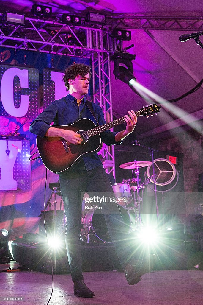 Vance Joy Performs At Stubb's With Elle King | Getty Images