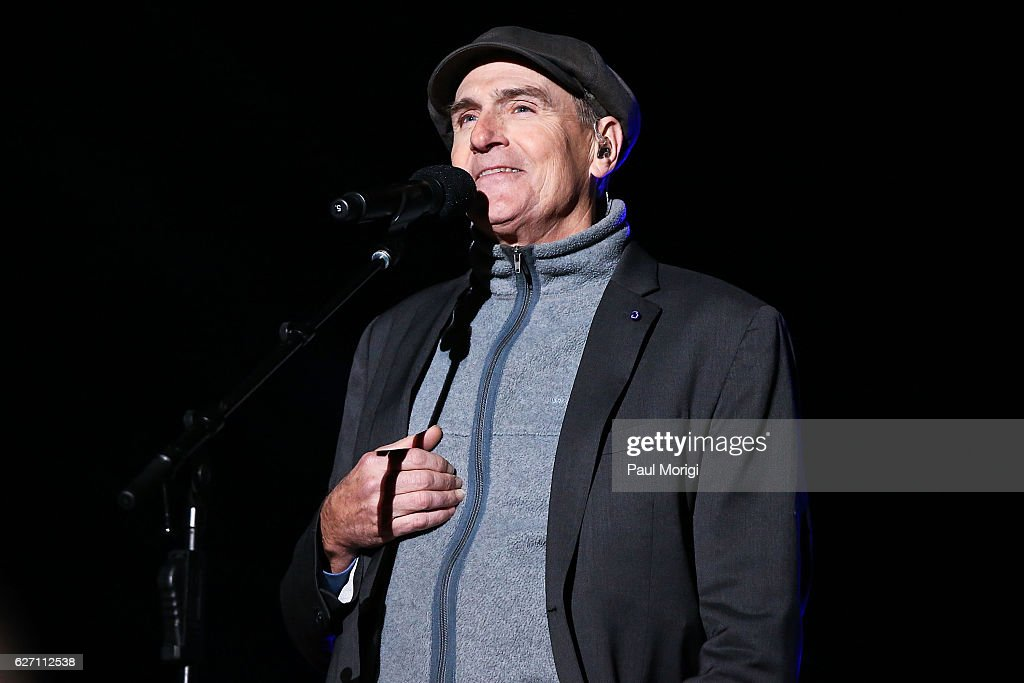Singer/songwriter James Taylor performs during the 94th Annual National Christmas Tree Lighting Ceremony on the Ellipse in President's Park on December 1, 2016 in Washington, DC.