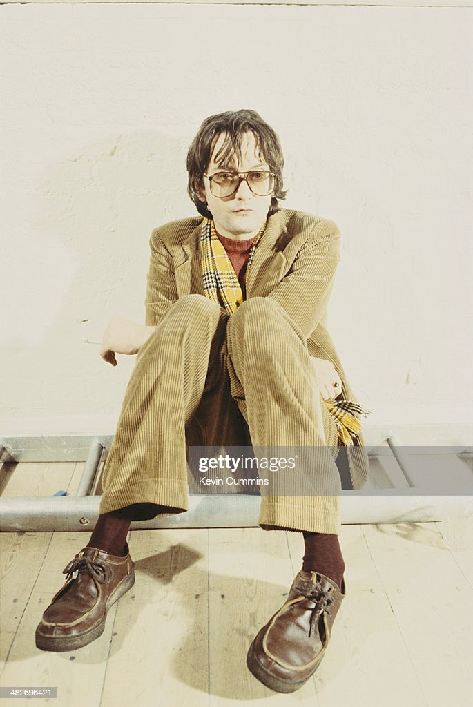 Singer-songwriter <a gi-track='captionPersonalityLinkClicked' href=/galleries/search?phrase=Jarvis+Cocker&family=editorial&specificpeople=234955 ng-click='$event.stopPropagation()'>Jarvis Cocker</a> of British pop group Pulp, 1997.