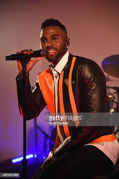 SingerSongwriter Jason Derulo performs onstage at the GQ Gentlemen's Fund Charity Concert at The Gent on October 12 2015 in New York City