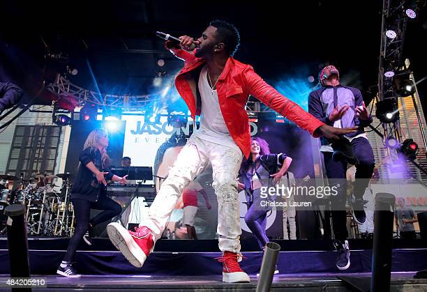 Singer/songwriter Jason Derulo performs onstage during PANDORA SUMMER CRUSH 2015 at LA LIVE on August 15 2015 in Los Angeles California