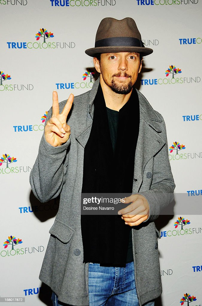 Singer-songwriter Jason Mraz attends the 2nd annual Cyndi Lauper and Friends: Home For The Holidays at The Beacon Theatre on December 8, 2012 in New York City.