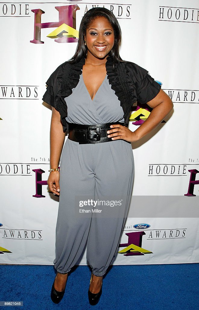 Singer/songwriter Jazmine Sullivan arrives at the seventh annual Hoodie Awards at the Mandalay Bay Events Center August 15, 2009 in Las Vegas, Nevada.