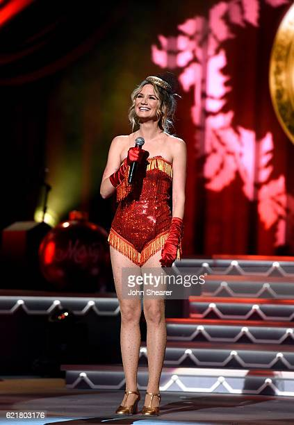 Singersongwriter Jennifer Nettles performs on stage during the CMA 2016 Country Christmas on November 8 2016 in Nashville Tennessee