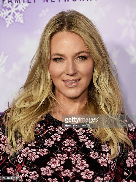Singersongwriter Jewel arrives at the Hallmark Channel and Hallmark Movies and Mysteries Winter 2016 TCA Press Tour at Tournament House on January 8...