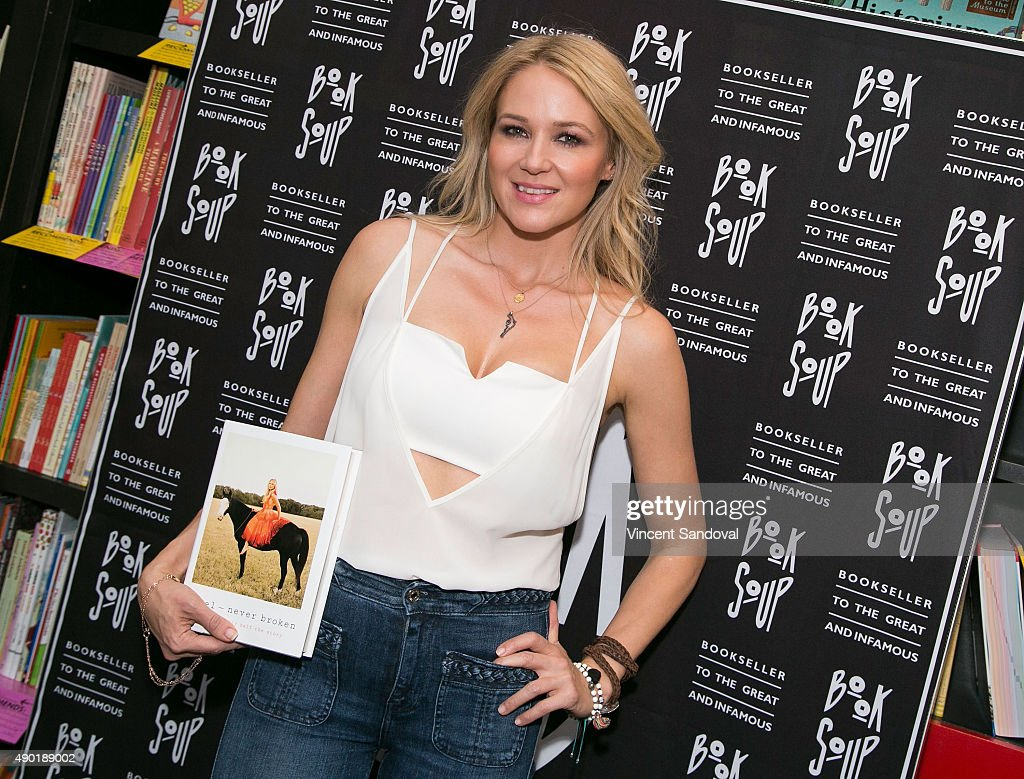 Singersongwriter Jewel discusses and signs her new book 'Never Broken Songs Are Only Half The Story' at Book Soup on September 26 2015 in West...