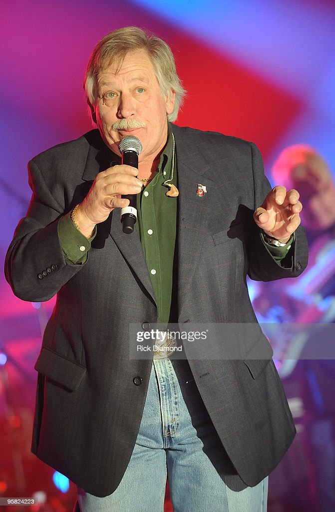 Singer/Songwriter John Conlee performs during the Country Crossing Grand Opening Kick-Off Celebration at Country Crossing on January 16, 2010 in Dothan, Alabama.