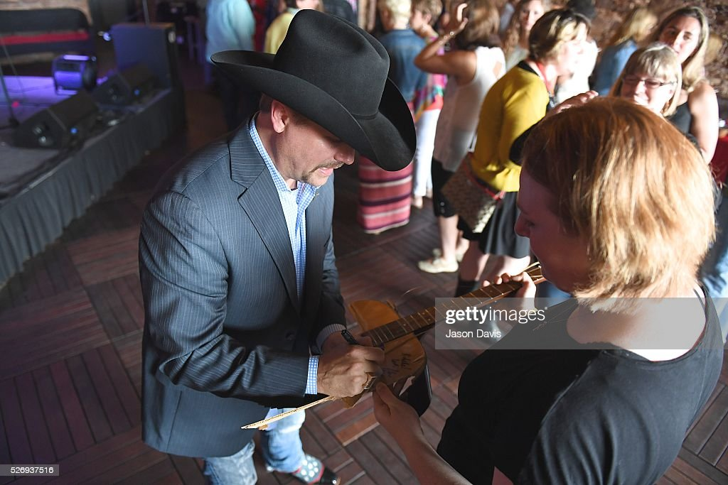 Singer/Songwriter John Rich meets fans at the George Jones Museum to celebrate top fundraising St. Jude Heroes for the 17th annual St. Jude Rock 'n' Roll Nashville Marathon on May 1, 2016 in Nashville, Tennessee.
