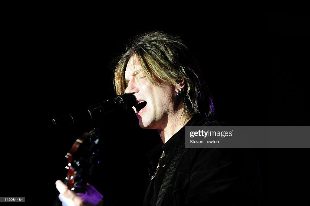 Singer/songwriter <a gi-track='captionPersonalityLinkClicked' href=/galleries/search?phrase=John+Rzeznik&family=editorial&specificpeople=220876 ng-click='$event.stopPropagation()'>John Rzeznik</a> of the Goo Goo Dolls performs at the Couture Las Vegas Jewely Show at Wynn Las Vegas on June 2, 2011 in Las Vegas, Nevada.