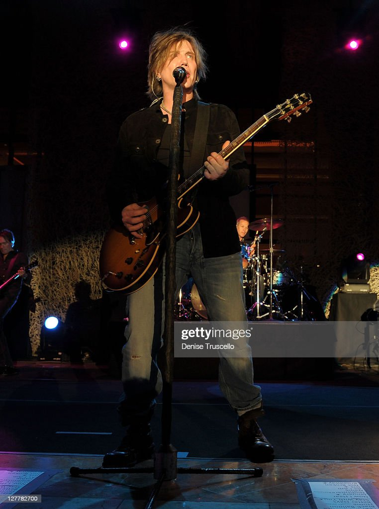 Singer/Songwriter <a gi-track='captionPersonalityLinkClicked' href=/galleries/search?phrase=John+Rzeznik&family=editorial&specificpeople=220876 ng-click='$event.stopPropagation()'>John Rzeznik</a> of the <a gi-track='captionPersonalityLinkClicked' href=/galleries/search?phrase=Goo+Goo+Dolls&family=editorial&specificpeople=778803 ng-click='$event.stopPropagation()'>Goo Goo Dolls</a> performs at the Couture Las Vegas Jewely Show at Wynn Las Vegas on June 2, 2011 in Las Vegas, Nevada.