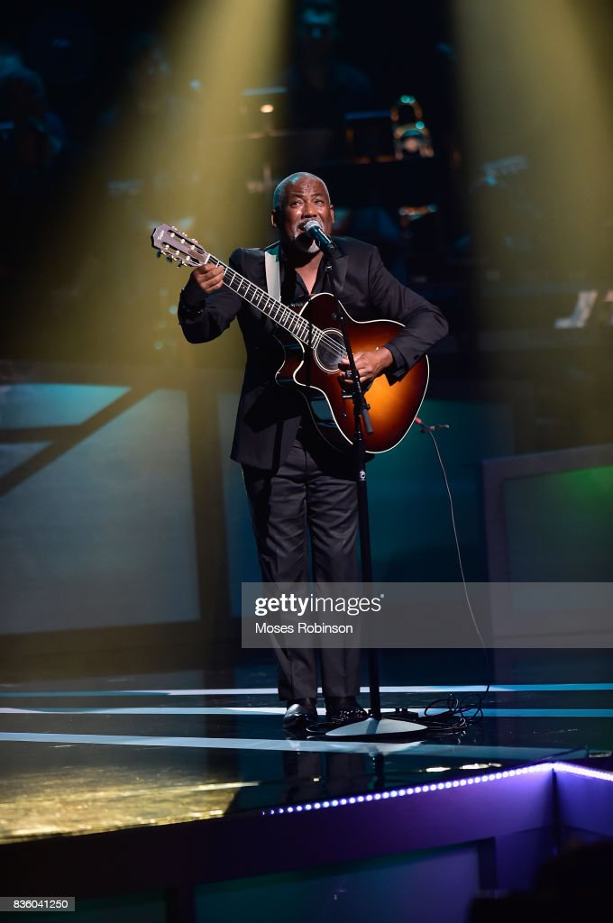 Singer-songwriter Jonathan Butler performs onstage at the 2017 Black Music Honors at Tennessee Performing Arts Center on August 18, 2017 in Nashville, Tennessee.