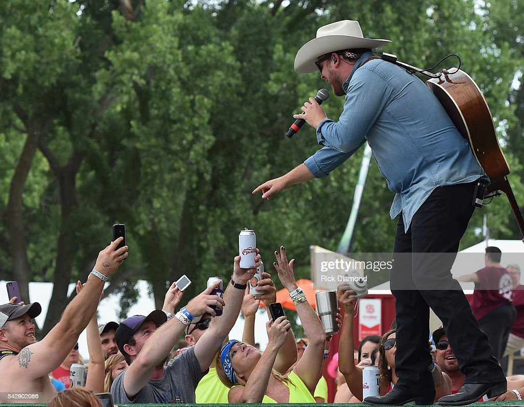 Kicker Country Stampede Manhattan Kansas Day 2 Getty
