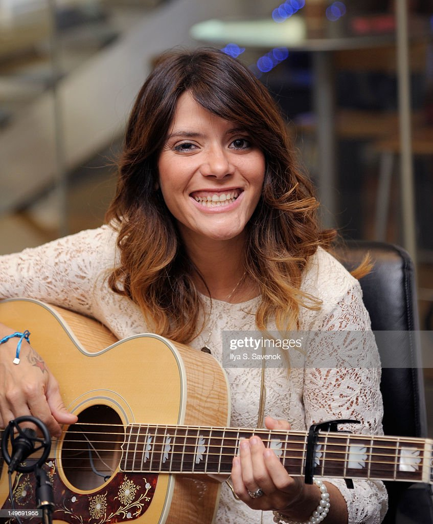 Singer-songwriter Kany Garcia performs on SiriusXM Latino on August 2, 2012 in New York City.