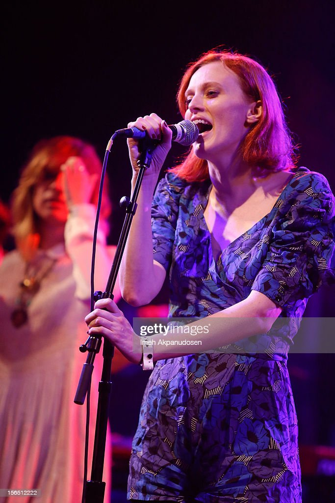 Singer/songwriter <a gi-track='captionPersonalityLinkClicked' href=/galleries/search?phrase=Karen+Elson&family=editorial&specificpeople=754972 ng-click='$event.stopPropagation()'>Karen Elson</a> performs onstage singing 'Stop Draggin' My Heart Around' at the first ever Jameson Petty Fest West at El Rey Theatre on November 15, 2012 in Los Angeles, California.
