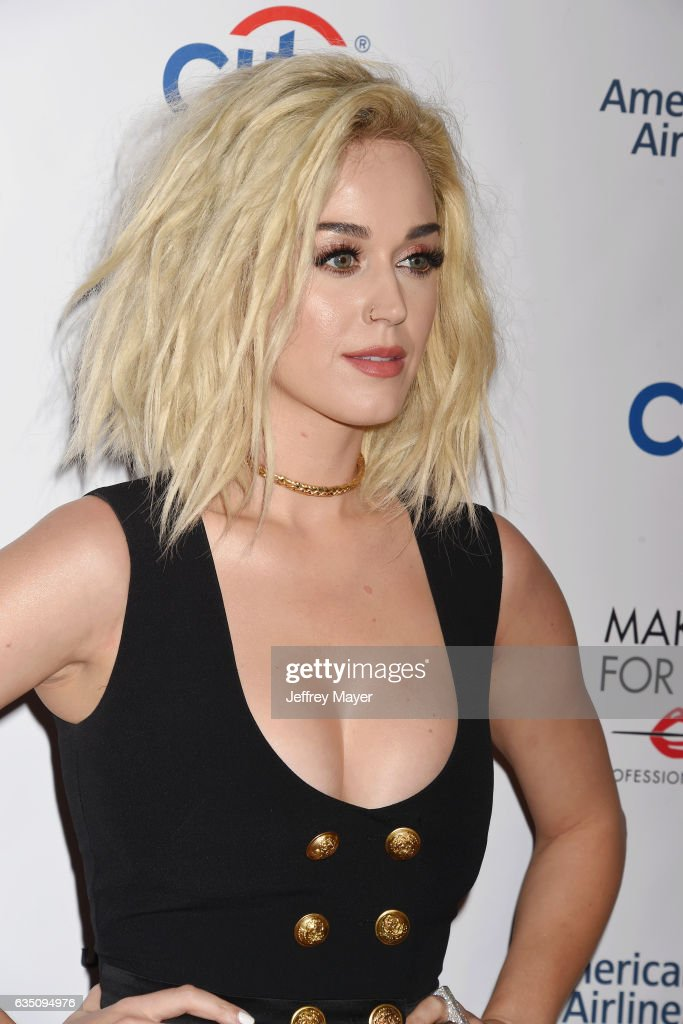 Singer-songwriter Katy Perry arrives at the Universal Music Group's 2017 GRAMMY After Party at The Theatre at Ace Hotel on February 12, 2017 in Los Angeles, California.