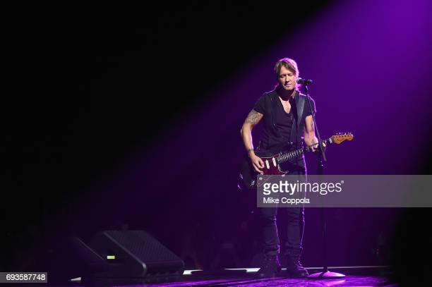 Singersongwriter Keith Urban performs onstage during the 2017 CMT Music Awards at the Music City Center on June 6 2017 in Nashville Tennessee