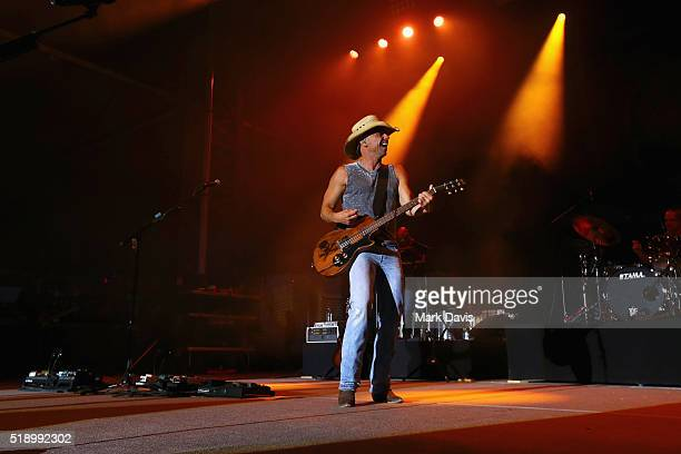 Singersongwriter Kenny Chesney performs onstage during the 4th ACM Party For A Cause Festival at the Las Vegas Festival Grounds on April 3 2016 in...