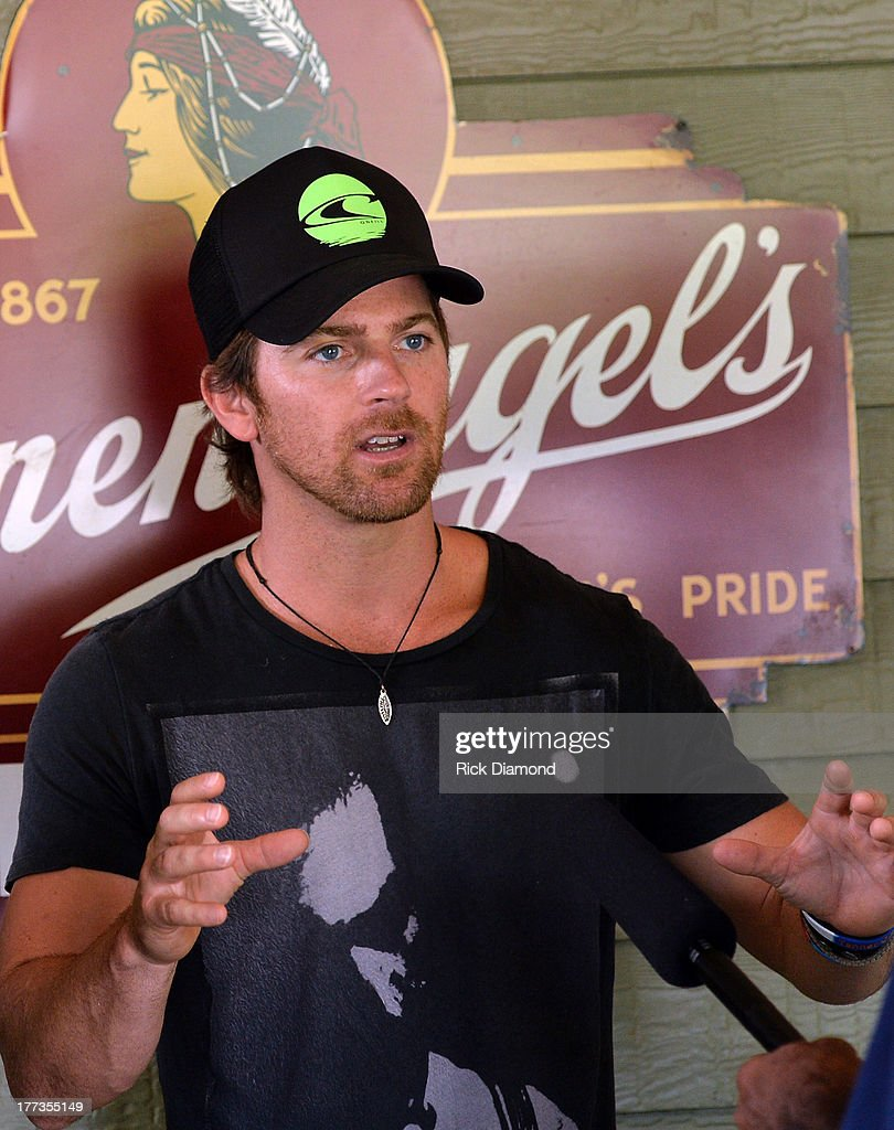 Singer/Songwriter Kip Moore celebrates during the BMI #1 Party For 'Hey Pretty Girl' By Kip Moore at Flying Saucer Draught Emporium on August 22, 2013 in Nashville, Tennessee.