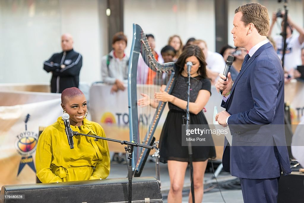Singer-Songwriter <a gi-track='captionPersonalityLinkClicked' href=/galleries/search?phrase=Laura+Mvula&family=editorial&specificpeople=10006726 ng-click='$event.stopPropagation()'>Laura Mvula</a> (L) and TV Personality Willie Geist (R) appear on NBC's 'Today' at NBC's TODAY Show on September 4, 2013 in New York City.