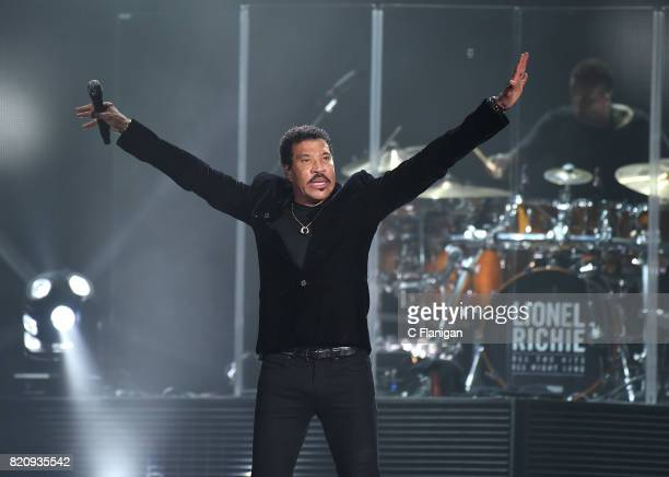 Singer/songwriter Lionel Richie performs on the opening night of the 'All the Hits' Tour at ORACLE Arena on July 21 2017 in Oakland California