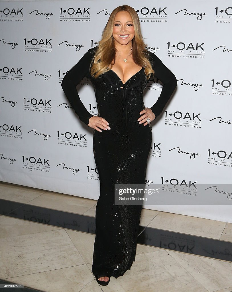 Celebrities travel just cute 2016 in focus boards sign in register - Singer Songwriter Mariah Carey Arrives At 1 Oak Nightclub At The Mirage Hotel Casino