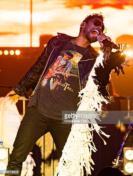 Singer/songwriter Miguel performs onstage as MasterCard and Billboard present The Chainsmokers and Miguel live in concert at Create on February 10...
