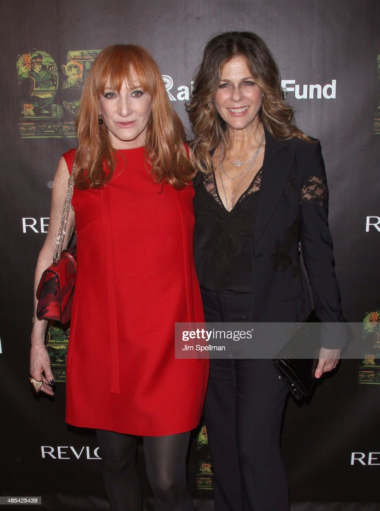 Singer/songwriter <a gi-track='captionPersonalityLinkClicked' href=/galleries/search?phrase=Patti+Scialfa&family=editorial&specificpeople=228282 ng-click='$event.stopPropagation()'>Patti Scialfa</a> and actress <a gi-track='captionPersonalityLinkClicked' href=/galleries/search?phrase=Rita+Wilson&family=editorial&specificpeople=202642 ng-click='$event.stopPropagation()'>Rita Wilson</a> attend the 25th Anniversary Rainforest Fund Benefit at Mandarin Oriental Hotel on April 17, 2014 in New York City.